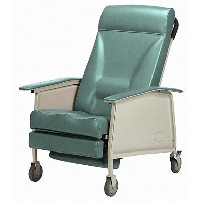 Invacare-IH6065WD Clinical Care Recliner | Geri-Chair