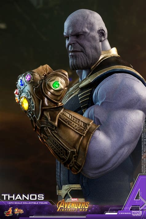 Infinity War Hot Toys Thanos with Infinity Gauntlet Up for