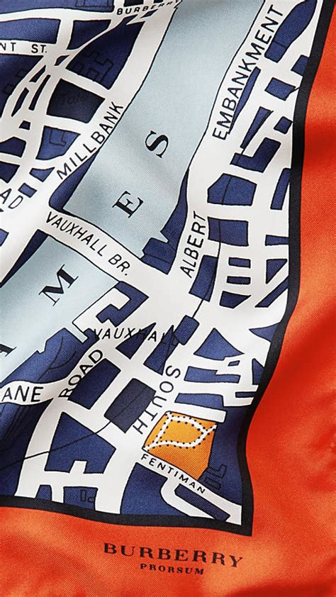 It's all about the Burberry map scarf