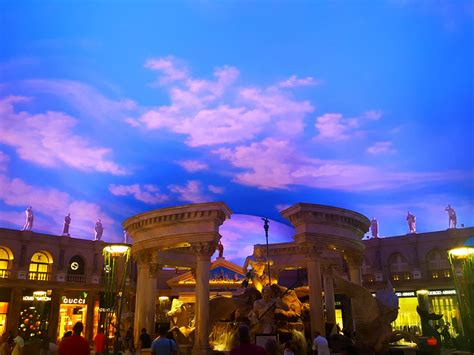 Fountain of the Gods at Caesar's Palace - Free Stock