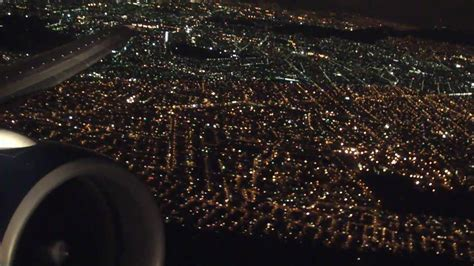 Aeromexico Boeing 777 - take off in Mexico City at night
