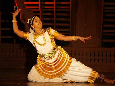 10 enthralling dance forms in India!