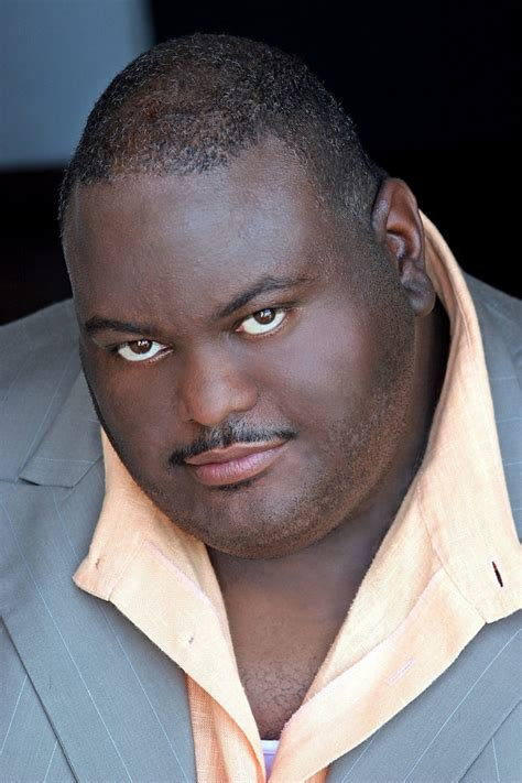 Lavell Crawford Profile